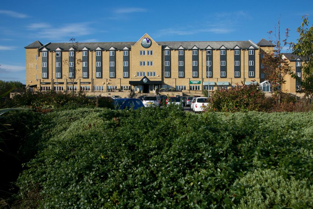 Village hotel newcastle uk hotels and breaks - Northumbria university swimming pool ...